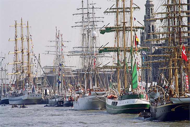 tallshipsrace-skibe-i-havn-728