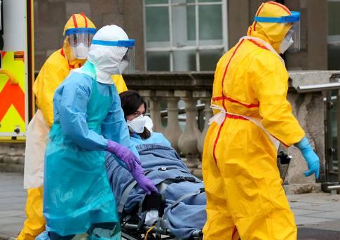 """Ebola: allarme """"italiano"""" all'aeroporto Dublino"""