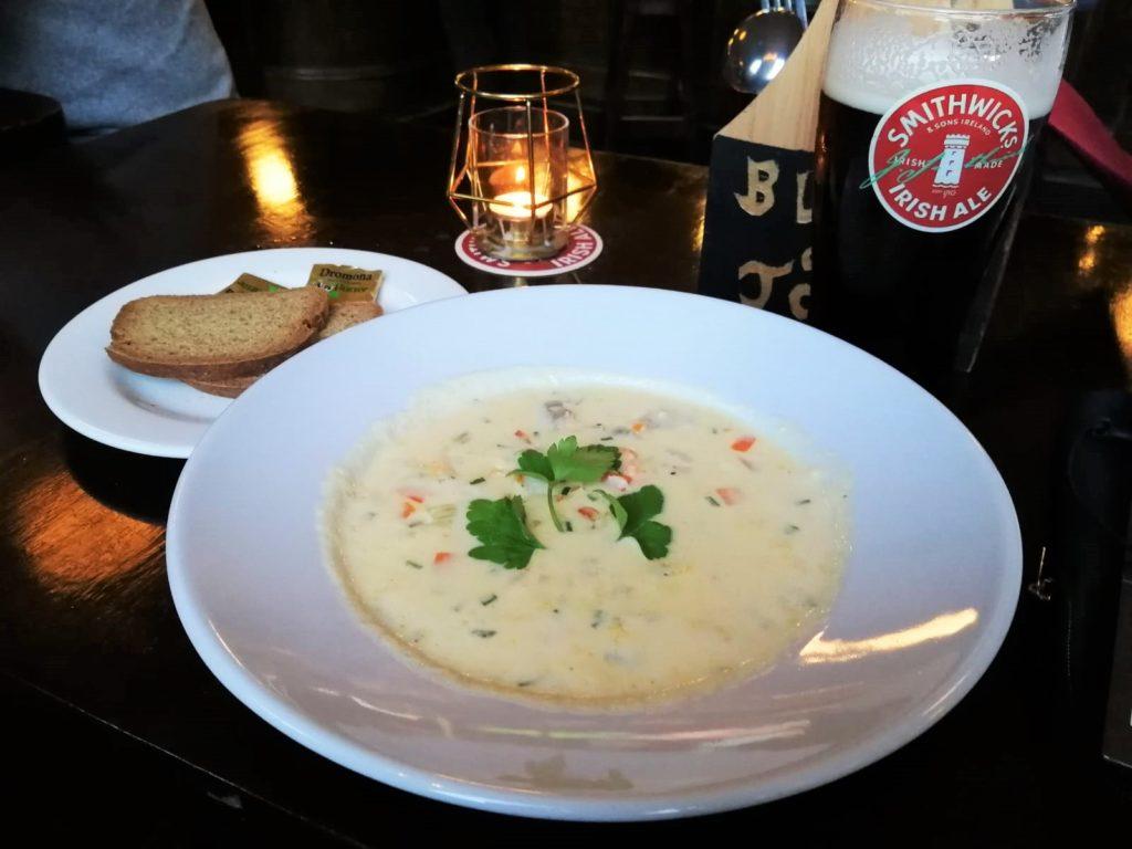 Cibo irlandese: 10 piatti irlandesi tipici - Seafood Chowder/zuppa di pesce