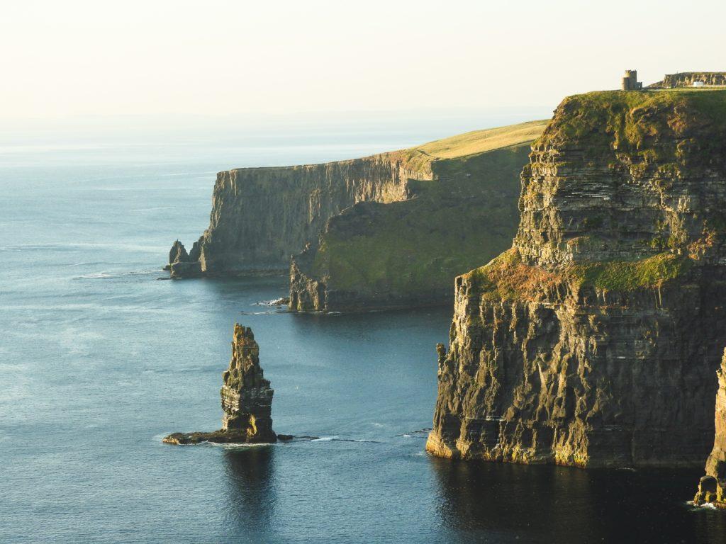 Trovare casa in Irlanda: guida ai migliori siti di offerte - cliffs of moher